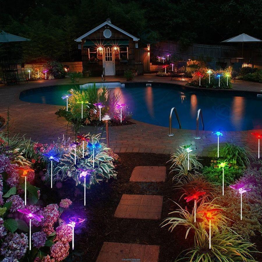 Đèn trang trí sân vườn hình bướm giá rẻ